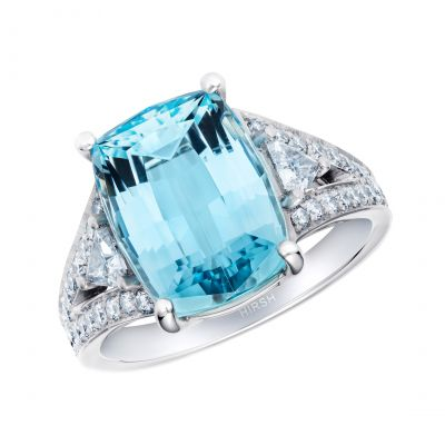 Majestic Aquamarine and Diamond Ring