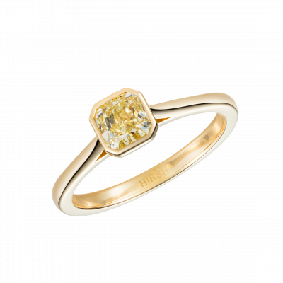 Venus Yellow Diamond Ring