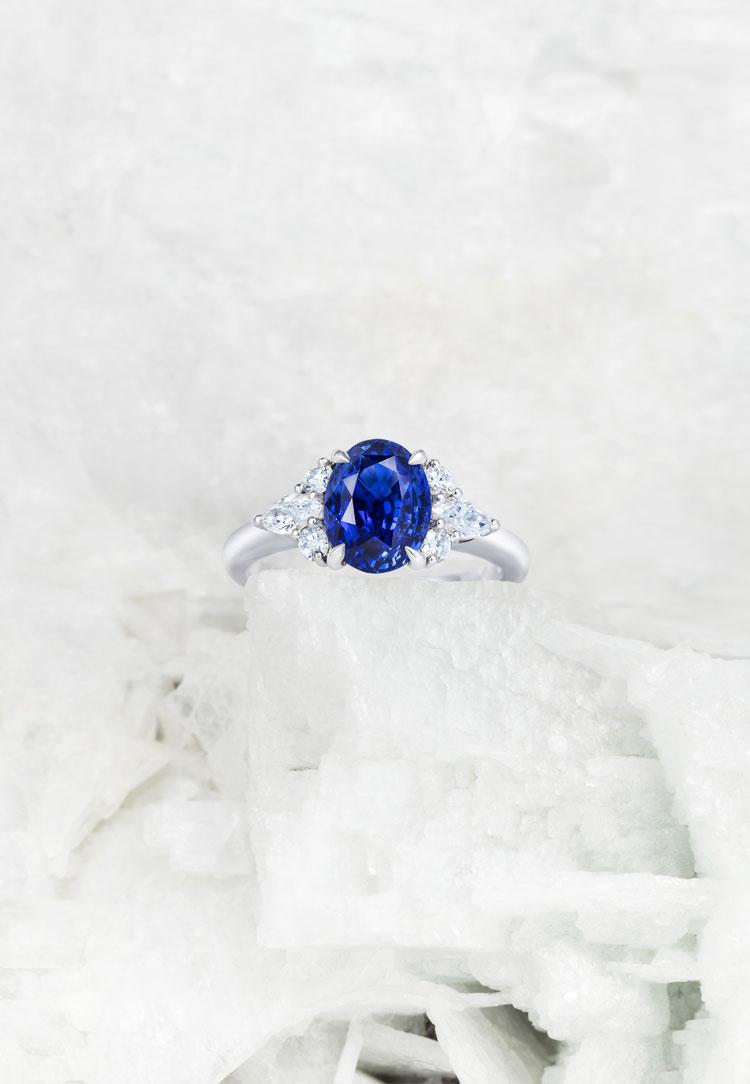 Sapphire Papillon